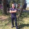 олег, 46, г.Олонец
