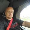 влад, 44, г.Батецкий