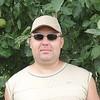 Михаил, 39, г.Новоаннинский